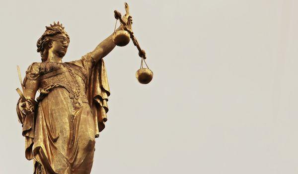 """""""Il faut lutter contre l'image négative qu'a l'opinion publique de la justice."""""""