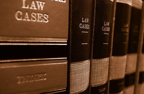 """""""Avant nous allions à la bibliothèque, désormais nous utilisons les outils des Legaltech"""""""